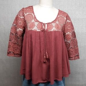 American Eagle Outfitters Tops - American Eagle Blouse - EUC